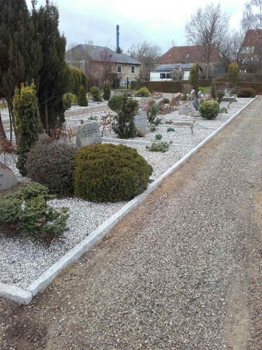 færdig arbejde på Christiansfelt Kirkegård